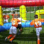 opblaasbare panna voetbal kooi huren