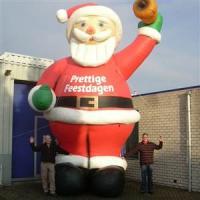 opblaasbare kerstman huren